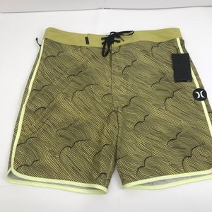 "New Hurley Phantom Thalia 18"" Board Shorts 32"